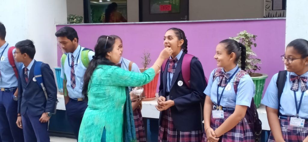 The students of Bhavkunj School are appearing for their Grade X Board Exams from Today. They were blessed by their teachers before appearing for their exams.